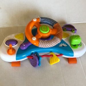Baby car steering wheels with new batteries